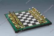Шахматы малахит